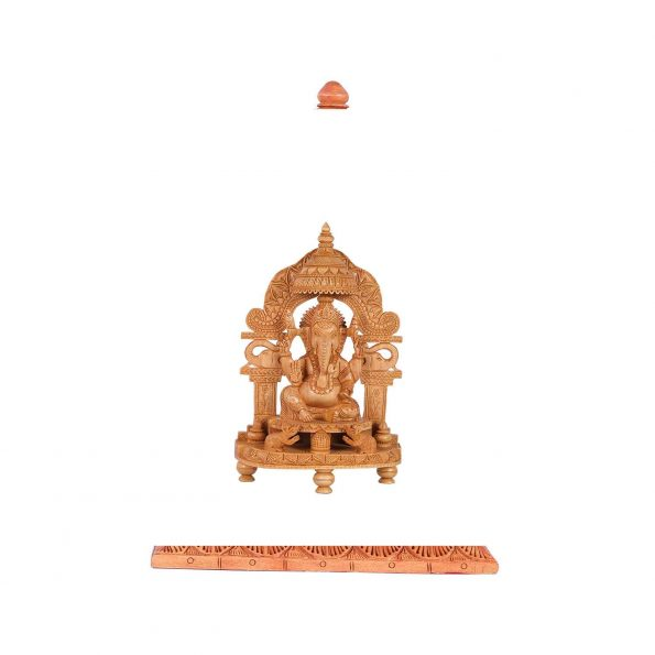 WHITE WOOD  ARCH GANESH WITH BASE